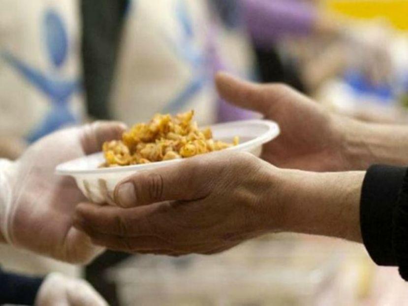 In Italia 2,7 milioni di persone costrette a chiedere aiuto per mangiare