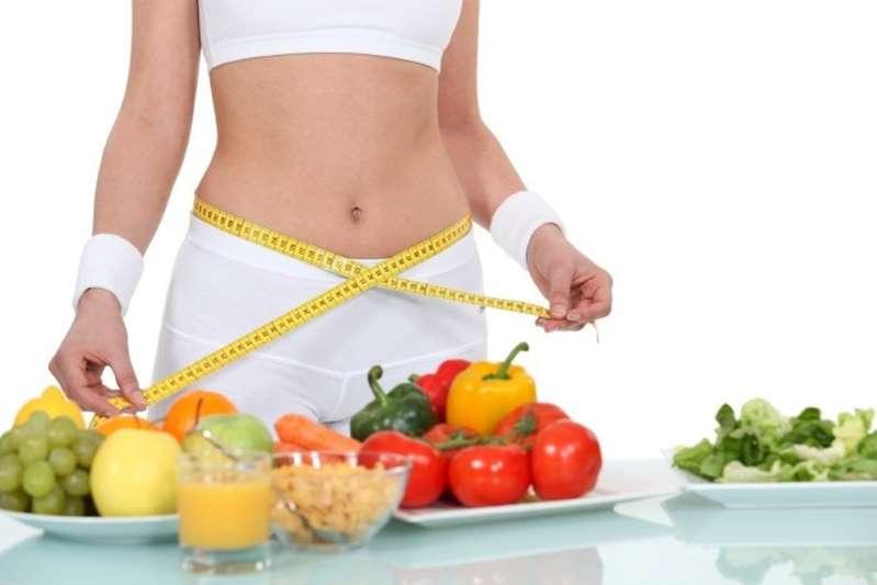 Prova costume, dieta senza digiuni: i 10 alimenti consigliati dagli esperti
