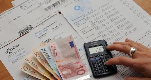 Tariffe, taglio bollette aiuta famiglie e imprese