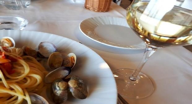 Menu ristoranti italiani ora dialogano con turisti stranieri