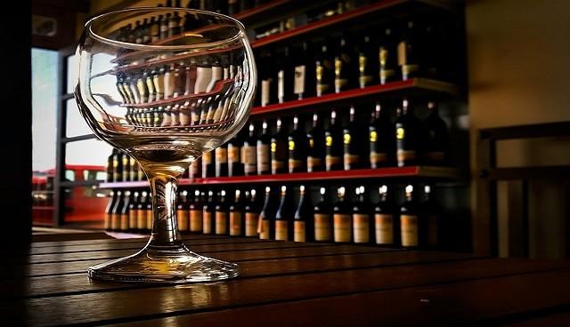 Vino, raccolta inizia con record export (+5,2%)