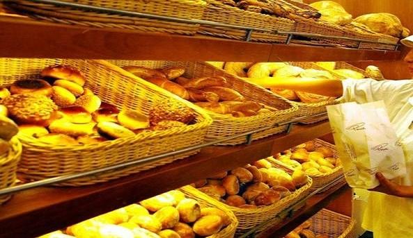 Prezzi, la stangata di settembre: aumentano caffè, pane e pasta