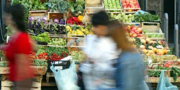 Consumi frutta e verdura -1% in 11 mesi, ma la spesa sale del 5%